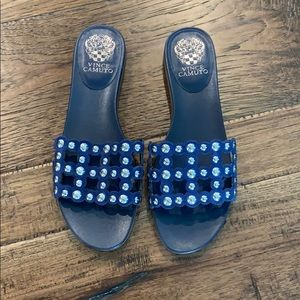 New Woman's, 9M, Navy slip on shoes. SO cute!